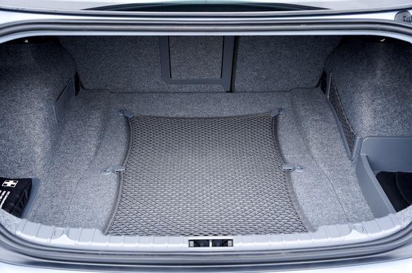 trunk-2464979_1920