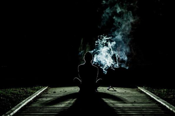 smoke-1031060_1920