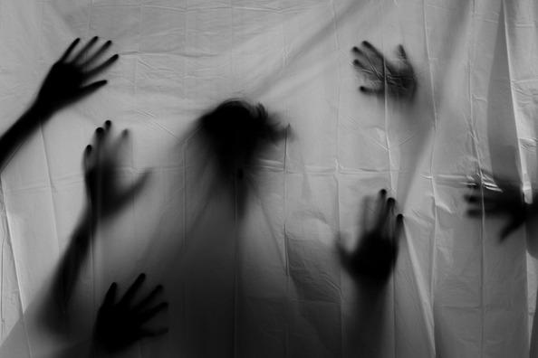 hands-3777403_1920