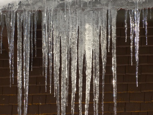 icicle-93727_1920