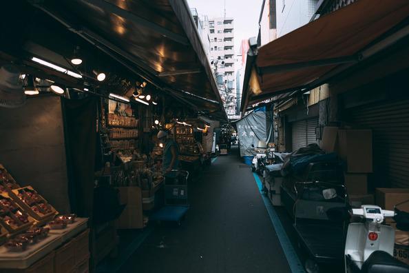 tsukiji621458A2700_TP_V