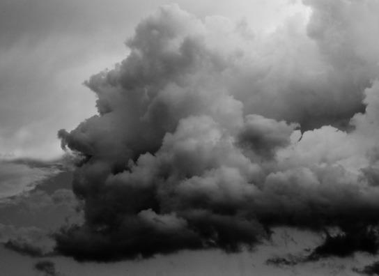 dark-clouds-487237_960_720